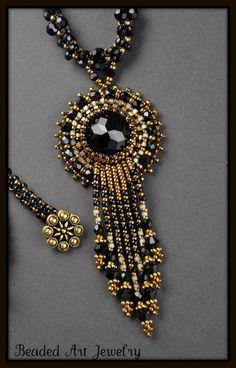 Beaded art jewelry: