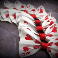 Custom real playing card hair bow clip or by creativelyeverashley alice in wonderland costume, alice Alice In Wonderland Birthday, Alice In Wonderland Tea Party, Mad Hatter Party, Mad Hatter Tea, Mad Hatters, Bow Hair Clips, Hair Bows, Bow Clip, Fète Casino