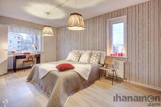 Ihanainen.com sisustussuunnittelu. Namupala-kodin lämmin ja valoisa makuuhuone. #bedroom #makuuhuone #sisustus #sisustussuunnittelu #tampere Bed, Stuff To Buy, Furniture, Design, Home Decor, Decoration Home, Stream Bed, Room Decor