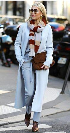 Mature Fashion, 50 Fashion, Blue Fashion, Winter Fashion, Womens Fashion, Retro Outfits, Classy Outfits, Suits For Women, Clothes For Women