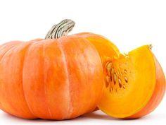 Kürbis punktet mit wenig Kalorien und niedrigem Fettgehalt, aber großem Vitalstoffreichtum. Zudem enthält er viele Nährstoffe und Ballaststoffe.
