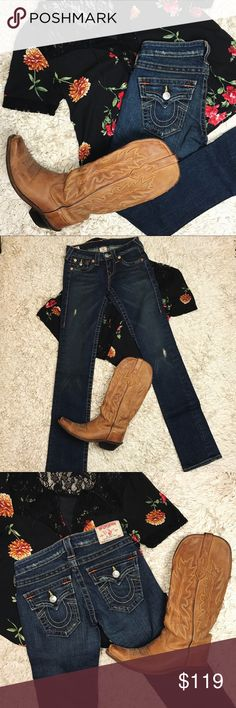 !HOST PICK! True Religion Billy Skinny Jeans NWOT Never been worn.   Let me know if you have any questions.   All sales are final. No trades please. Take a look in my closet as well!  Happy shopping  True Religion Jeans Skinny