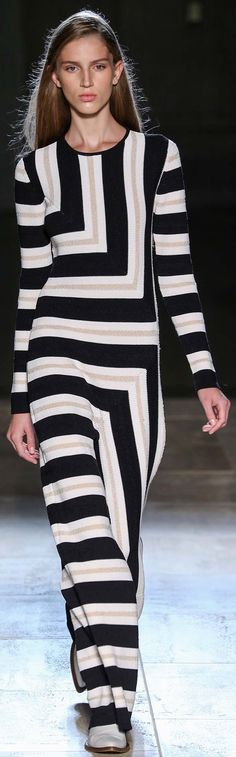 Victoria Beckham spring/summer 2015 collection – New York fashion week