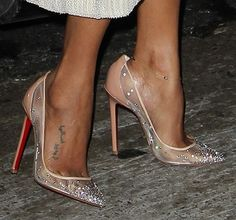 249bb9da2ee4c Zoe Saldana Is a Certified Christian Louboutin Fan — See Her in Two Pairs  of Fall 2013 Pumps!