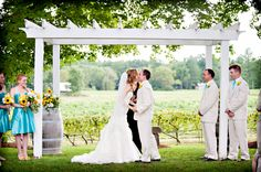 Casey Durgin Photography - New Hampshire Vineyard Wedding