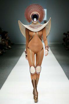 Fashionhorrors: Pasarelas Sin Fronteras (capítulo 512) - Yakarta Fashion Week…