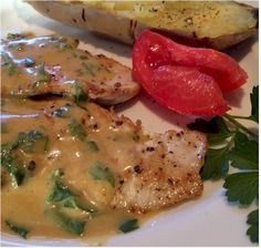 This is one of those tasty, healthy, 30 minute recipes. You can buy pre-sliced turkey breast or purchase from your butcher and ask him to slice it for you Clean Recipes, Cooking Recipes, Healthy Recipes, Healthy Foods, Sliced Turkey Breast Recipe, Turkey Filet Recipes, Turkey Cutlets, Cutlets Recipes, Cooking Turkey