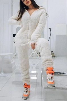 Wrap Jumpsuit, Jumpsuit With Sleeves, Printed Jumpsuit, Pajama Outfits, Cute Outfits, Cosy Outfit, Ripped Shorts, Lounge Wear, Hoodies