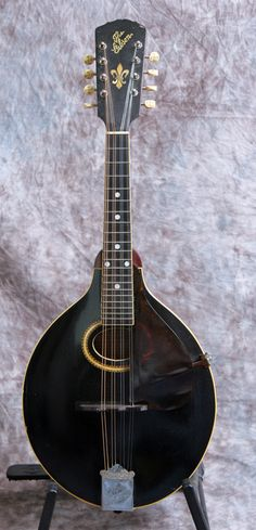 1913 Gibson A4 Mandolin