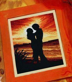 schema punto croce innamorati al tramonto | Hobby lavori femminili - ricamo - uncinetto - maglia