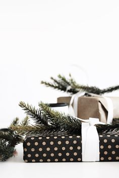 Polka Dots and simple wrapping--repin via The Perfect Palette #zincdoor #holidaystyle #christmas