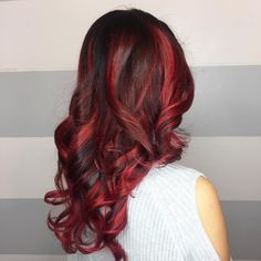 cool 25 Heart-Stopping Bright Red Hair Ideas– Looks Guaranteed to Spice Up Your Life