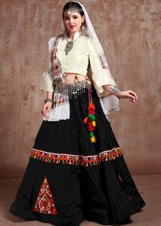 #black #embroidery #navaratri #lehenga #choli #dupatta #designs # traditional #indian #outfits #gorgeous #wedding #look #ootd #new #arrival #womenswear #online #shopping Lehenga Crop Top, Floral Lehenga, Party Wear Lehenga, Lehenga Blouse, Indian Lehenga, Silk Lehenga, Anarkali, Ghagra Choli, Choli Designs