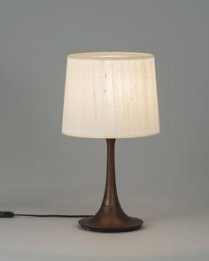 欧米で注目の照明8ブランドが初登場|家具・インテリアのIDC大塚家具