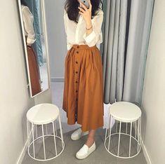 Korean Fashion Psychology Research Institute .Korean Fashion Psychology Research Institute Modern Hijab Fashion, Street Hijab Fashion, Hijab Fashion Inspiration, Muslim Fashion, Modest Fashion, Look Fashion, Korean Fashion, Fashion Dresses, 90s Fashion