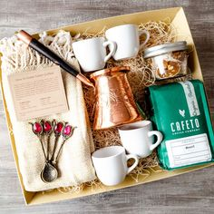 Coffee Box, Coffee Cup Set, Tea Gifts, Coffee Gifts, Coffee Gift Baskets, Turkish Coffee Cups, Coffee Accessories, Gourmet Gifts, Gifts For Wedding Party