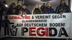 Gedanken zum Entfreunden von Pegida, AfD, NPD Interessenten.  Pegida Supporters March In Dresden