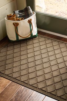 Keep dirt, water, mud and muck outside where they belong. Our superdurable, American-made rugs are designed to stand up to years of foot traffic – and they'll look great while they do it. L.L.Bean Waterhog Mats.