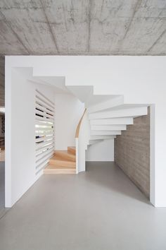 Gallery of House in Budapest / ZSK Architects - 15