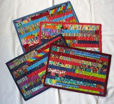 Jersey Mini, Place Mats Quilted, Log Cabin Quilts, Mug Rugs, Mini Quilts, Textiles, Quilt Patterns, Patches, Scrap