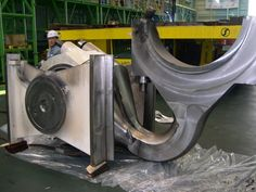 What happens when a ship engine hydrolocks.