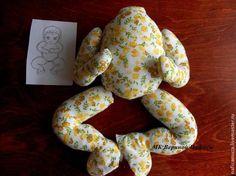 DIY como hacer un muñeco Baby Como hacer un muñeco de tela Baby. Patrón y paso a paso!!! Fuente:https://www.livemaster.ru/ Muñecos portarollos de papel higiénicoPatrón de bebé con pelotaPatrón de pequeña muñecaComo hacer ovejas con calcetinesMuñeco disfrazado de conejoMuñeco de nieve esquiadorMuñecos de nieve en escaleraPerro hecho con calcetinesMuñeco en pijama con baberoMuñeco Papá …