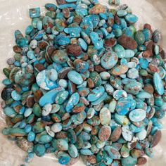 Buy Iranian turquoise basically by sending it to the world is one of the ways to trade this stone. And it should be noted that through this way the Iranian turquoise has been able to cross all the borders of the world. Southwestern Jewelry, African Wear, Iranian, All Over The World, Jewelry Design, Jewelry Making, Turquoise, Gemstones, Stuff To Buy