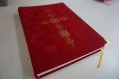 Het grote boek van Sinterklaas rood a4 formaat Sinterklaasboeken fluweel zachte fleece stof inclusief gouden kruis en hoekjes met 100 160gr bladen -