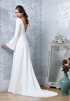Emma Hunt London: Effortlessly Elegant and Timeless Silhouettes For the Modern Bride | Love My Dress® UK Wedding Blog