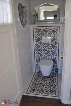 280185_fe8e8736-af7b-45c1-866b-e218f0772596_max_900_1200_eleganckie-cementowe-plytki-stylizowane-na-wzor-marokanski-lazienka.jpg (798×1200)