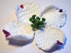 White Dogwood crochet flower ~ Pattern 73 (the Commonwealth of Virginia's official flower)