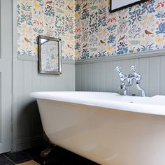 Pattern and panelling in the bathroom