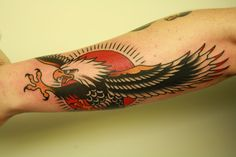 I love this traditional bald eagle (By Chriss Dettmer) Fairy Tattoo Designs, Skull Tattoo Design, Tribal Tattoo Designs, Life Tattoos, New Tattoos, Body Art Tattoos, Tattoo Arm, Hand Tattoos, Small Tattoos