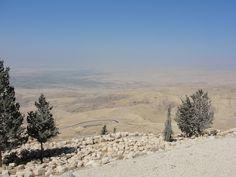 #magiaswiat #podróż #zwiedzanie #jordania #blog #azja  #jerash #twierdza #kosciol #amman #miasto #zabytki #muzeum #katedra #rzymskie #ruiny #stadion #madaba #goranebo #betania #jordan #morzemartwe #petra #al-kerak #pustynia Petra, Snow, Mountains, Nature, Travel, Outdoor, Outdoors, Naturaleza, Viajes