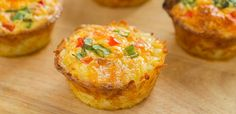 Day One Breakfast: Sausage and Egg Omelet Muffins Mini Egg Muffins, Veggie Muffins, Breakfast Muffins, Healthy Breakfast Recipes, Breakfast Casserole, Breakfast Tacos, Paleo Recipes Easy, Cooking Recipes, Paleo Meals