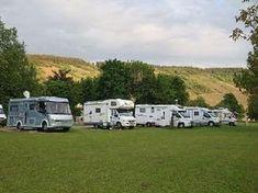 RV park Wintrich, Moselle Source by carolinloewi Motorhome Conversions, Vw Caddy Maxi, Motorhome Interior, Rv Hacks, Caravans, Van Life, Recreational Vehicles, Camper, Nature