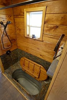 Japanese Soaking Tubs Inspiration For Your Bathroom – Furniture Inspiration soaking tubs tiny house Japanese Soaking Tubs Inspiration For Your Bathroom House Design, House Bathroom, Tiny House Bathroom, House Interior, Container House, Small House, Bus Living, Bathrooms Remodel, Japanese Soaking Tubs