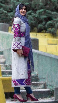 Persian style Abaya Fashion, Kimono Fashion, Skirt Fashion, Kurti Designs Party Wear, Abaya Designs, Iranian Women Fashion, Womens Fashion, Dress Sketches, Traditional Outfits