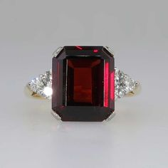 Timeless Retro 4ct Emerald Cut Garnet & Diamond Cocktail Ring 18k | Antique & Estate Jewelry | Jewelry Finds