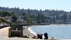 Federal Way, Washington. We live about 3 minutes from Redondo Beach, Washington. Salty's Restaurant is on this beach front.  I usually take this road to get out of our area to go to visit family north of us. Redondo is a lovely area to live which is apart of the Federal Way community. We have lived here for over 22 years.