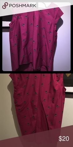Banana republic open back blouse Magenta bird motif open back blouse from banana republic. Great with a blazer for work or with some high waisted jeans for the weekend. Banana Republic Tops Blouses