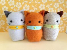 Three Little Kittens from May Blossom by braidcraft on Etsy https://www.etsy.com/listing/175035354/three-little-kittens-from-may-blossom