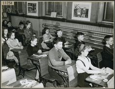 Young boys and girls in a classroom at Osgoode Public School, Ontario, Canada, 1946 Old School House, School Life, School Days, Back To School, School Memories, School's Out Forever, Country School, Bless The Child, Canadian History