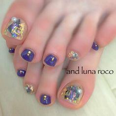 Cool toe nail art design idea | pedicure nail art | unas Pedicure Designs, Pedicure Nail Art, Toe Nail Designs, Manicure, Toe Nail Color, Toe Nail Art, Nail Colors, Acrylic Nails, Pretty Toe Nails