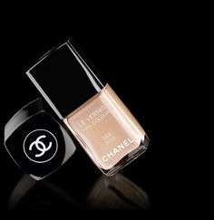 Makeup, cosmetics and beauty - makeup by Chanel