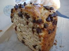 Starbucks Restaurant Copycat Recipes: Banana Chocolate Chip Coffee Cake SO DELICIOUS. *Toss the chocolate chips into just a tiny bit of flower to prevent them from sinking. I also left just a few out of the batter & sprinkled them on top. :)