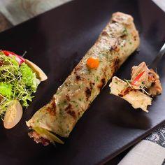 Egy finom Sonkás-gombás palacsinta ebédre vagy vacsorára? Sonkás-gombás palacsinta Receptek a Mindmegette.hu Recept gyűjteményében! Waffles, Pancakes, Baked Potato, Zucchini, Tacos, Food And Drink, Potatoes, Baking, Vegetables