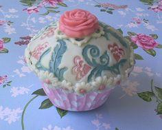 Victorian cupcake