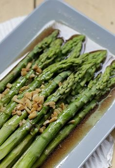 Green asparagus with oyster sauce
