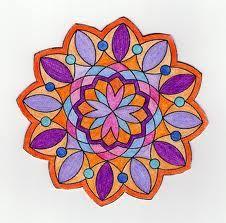 Todo el universo esta organizado alrededor de un centro, desde lo más pequeño (un átomo) hasta lo inconmensurable como el sistema solar,la espiral de la Vía Láctea, una flor, el ojo... las rondas infantiles y las danzas circulares.